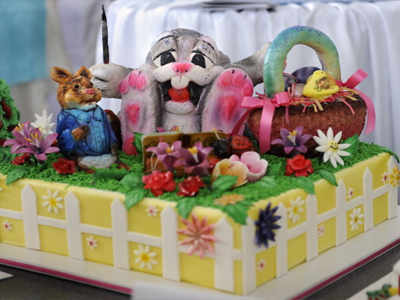 Children's fiction character cakes are a fad