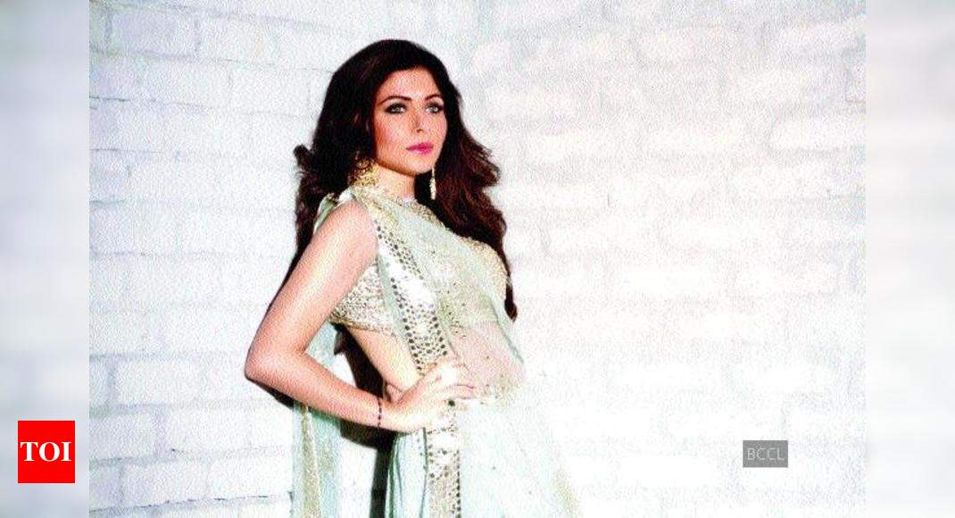 Kanika Kapoor: People can't stop gushing over chikan ...
