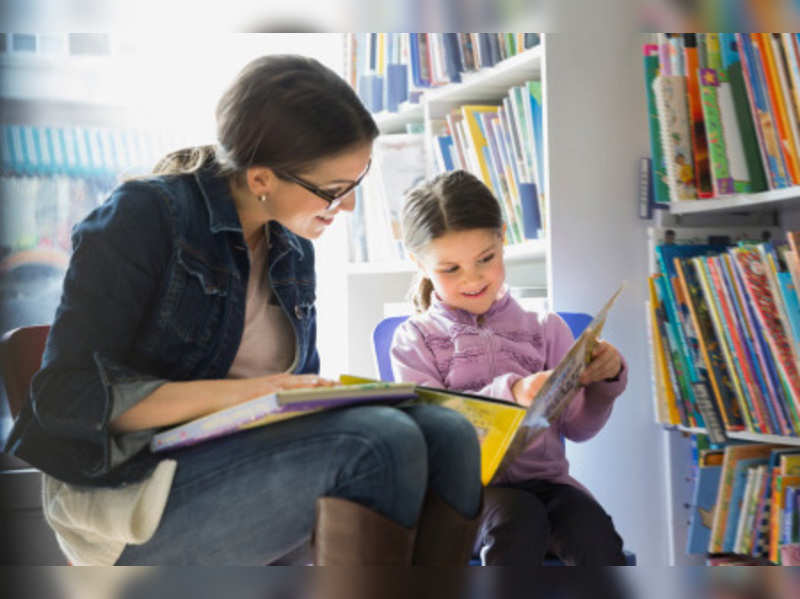 Tips to inculcate habit of reading in your child (Getty Image)