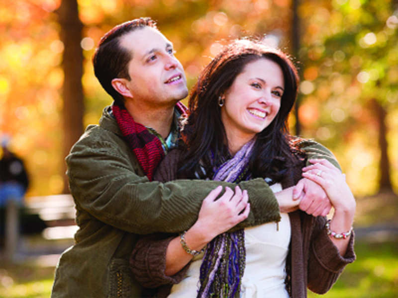Simple ways to keep long-distance relationship strong - Times of India