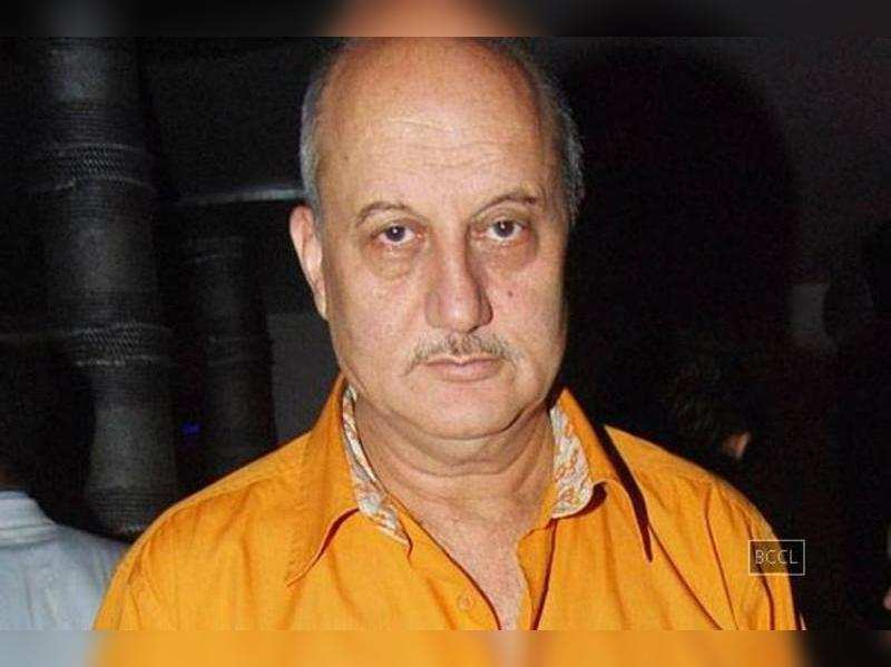 Anupam Kher:  Aamir Khan thinks he should have opinion on everything