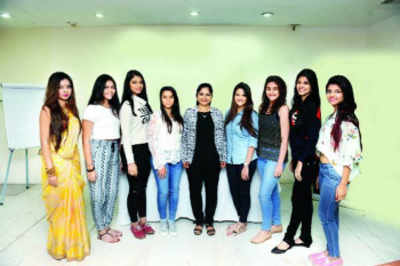 Fresh Face 2015 finalists get skincare tips from an expert