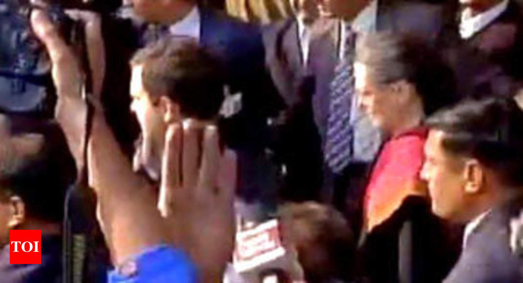 Ram Jethmalani Offers Herald Help Sonia Gandhi Yet To Accept It