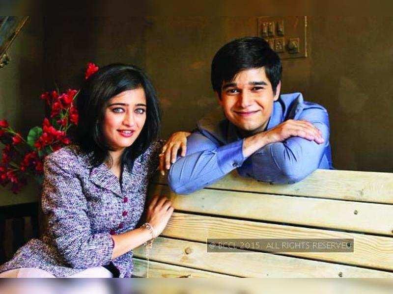 Akshara Haasan and Vivaan Shah's 'Laali Ki Shaadi Mein Laddoo Deewana' is a fresh take on love