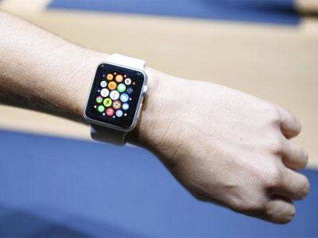 Apple Watch claimed to be 4 times more accurate than the iPhone.