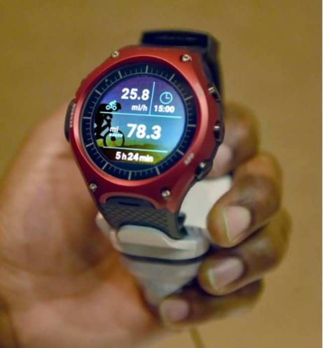 Casio WSD-F10 Smart Outdoor Watch showcased at CES 2016