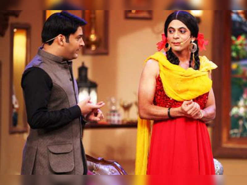 VIDEO: Sunil cries, clip of 'Comedy Nights with Kapil' last episode goes viral