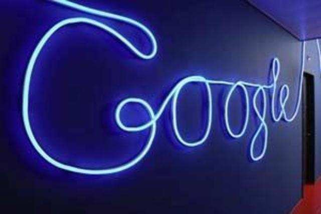 Google'giant wrangles with Paris over a bill that would force search engines to pay for content.