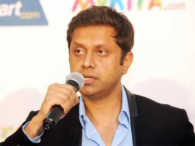 Mukesh Bansal, 40, will continue with Flipkart until the end of March, while Nagori will stay on for three months.