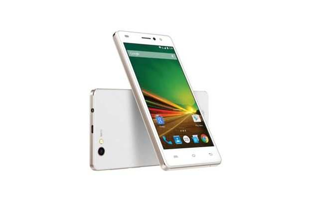 Lava A71 smartphone features 5-inch HD IPS display with Corning Gorilla Glass and claims a assured upgrade to Android 6.0 Marshmallow operating system.