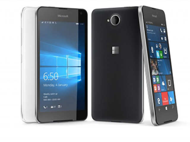 The Microsoft Lumia 650 features a 5-inch HD AMOLED ClearBlack display with 1280x720 pixels resolution.
