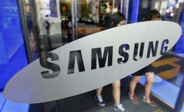 Samsung on Thursday unveiled Galaxy S3, its next-generation Android smartphone, at an event in London.