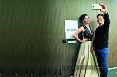 Atul Jain and Aafreen Vaz click a candid selfie with the new product