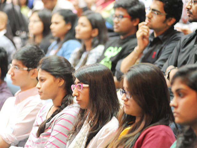 6 students from IIM Calcutta, 5 from XLRI, 4 from IIM Kozhikode opt to pursue startup ideas.