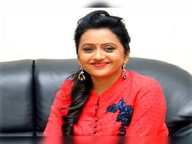 Telugu states: Anchor Suma reacts on the news about her health - Times of  India
