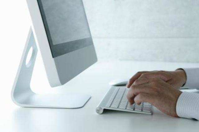 Global PC market shows signs of stabilizing: IDC