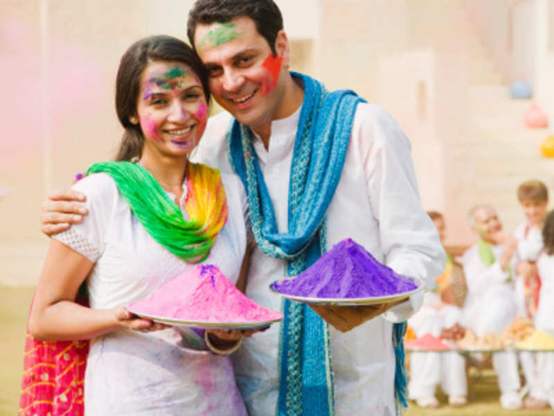 Holi 2018: What to wear on Holi and what NOT to wear