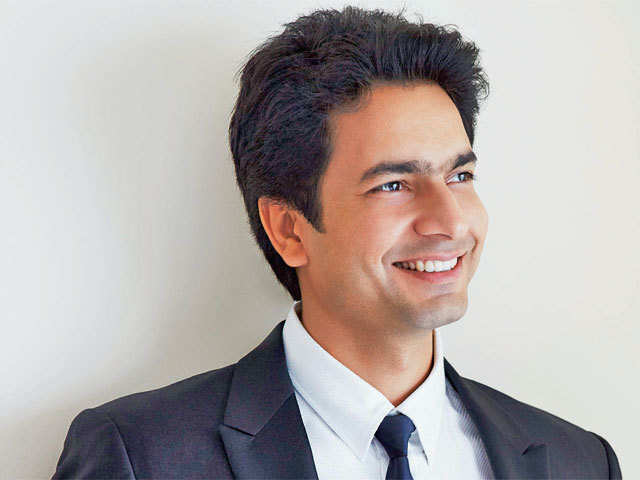 Rahul Sharma  says co won't be replacing senior executives who have quit as the founders are well equipped to run operations, which has the backing of its investors.