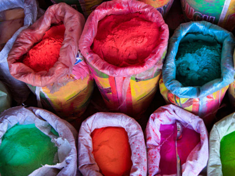 Holi 2016: Make your own safe and skin friendly colours at home