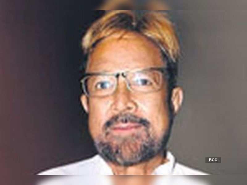 "Rajesh Khanna  <a href=""http://photogallery.indiatimes.com/articleshow/5148141.cms"" target=""_blank"">More Pics</a>"