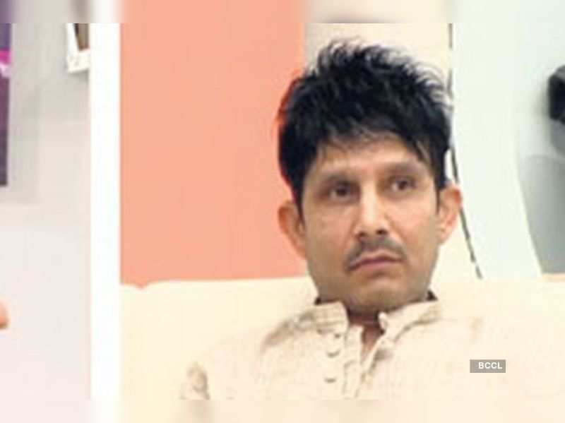 "Kamaal R Khan in the House <a href=""http://photogallery.indiatimes.com/articleshow/5148141.cms"" target=""_blank"">More Pics</a>"