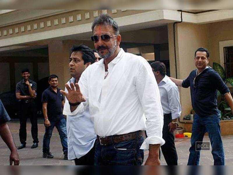 Sanjay Dutt allowed to get passport back