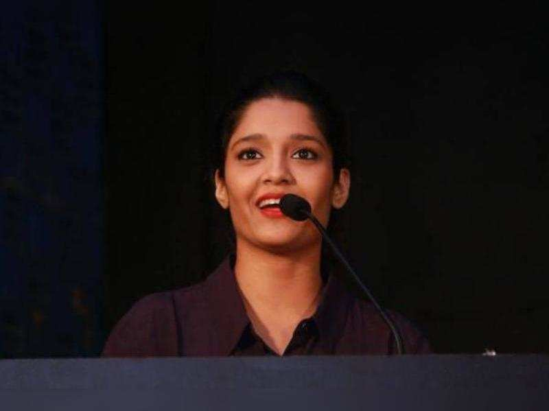 Ritika Singh learns Tamil for her next