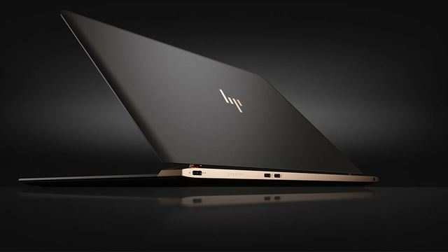 Another USP of the laptop is its copper design combined with carbon fiber that gives the laptop a premium look.