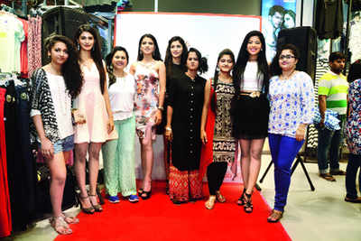 When Miss India finalists styled weekend shoppers
