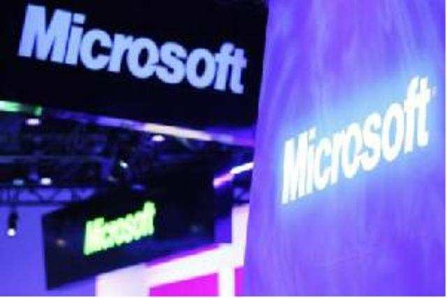 Software giant Microsoft is planning to unveil a tablet to rival Apple's iPad.