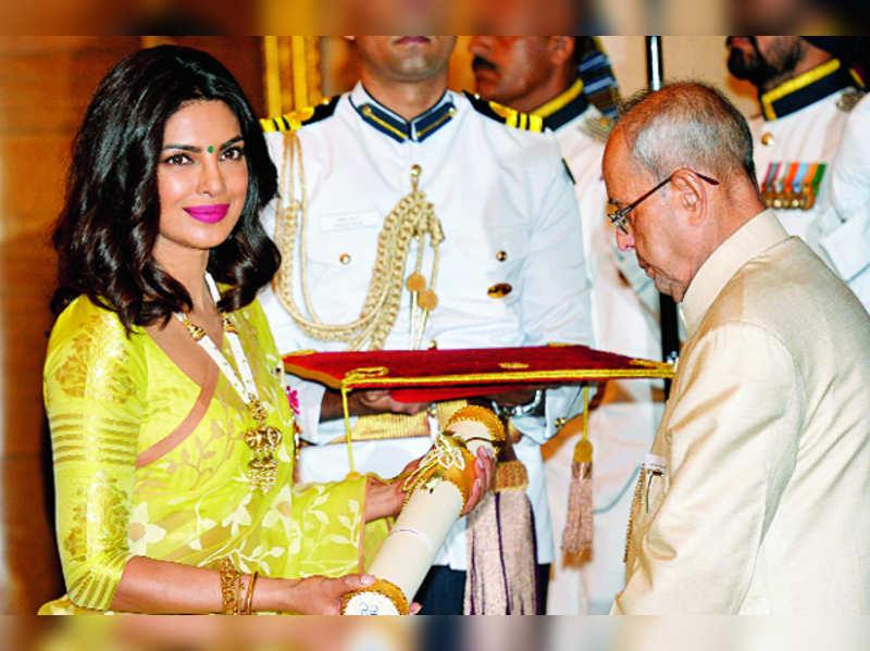 padma shree awarded  https://filmozo.in/25-shocking-facts-about-priyanka-chopra-the-hidden-secrets-of-priyanka-chopra-mind-blowing-facts-about-priyanka-chopra/