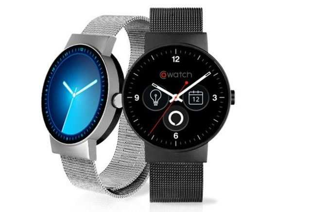 The GoWatch is water resistant, and compatible with both iOS and Android devices.