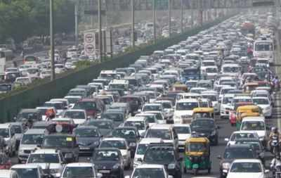 New Delhi If Road Transport Ministry Has Its Way Then There Will Be A System In Place To Rid Traffic Of All Unfit Vehicles Including Private Cars 15 Years