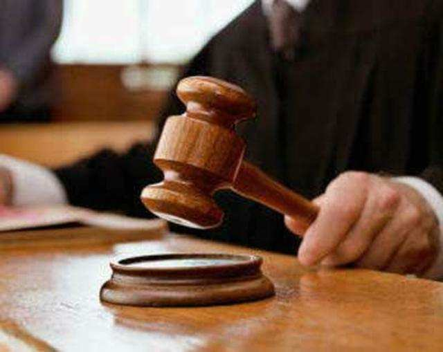In a blow to the booming software industry, a Chennai court has quashed the dismissal of a software engineer and ordered HCL to reinstate him with full salary, back wages and seniority on the ground that software engineers are workmen enjoying statutory protections.