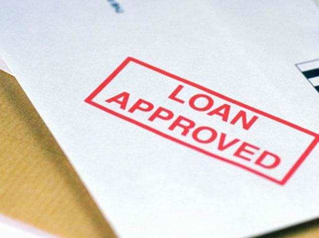 <p>CIBIL collects credit information pertaining to borrowers from banks and credit institutions which are its members.<br></p>