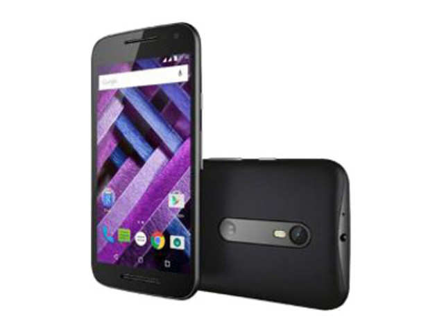 Moto G3 (16GB) now costs Rs 9,999 while the Moto G Turbo comes with an updated price tag of Rs 11,499.