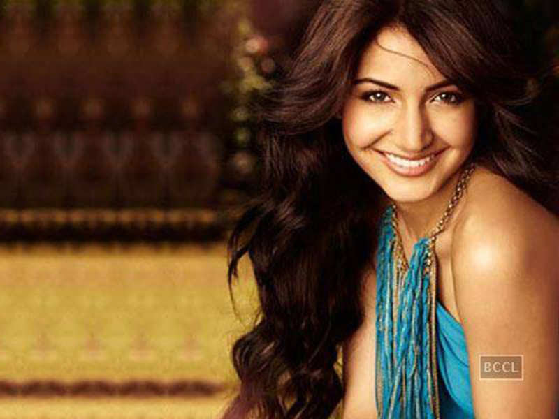 Anushka Sharma opens about her lip job, says she is not perfect!