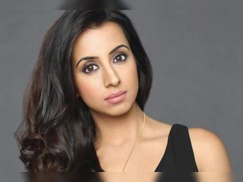 Sanjana goes de-glam to play a cold-blooded murderer
