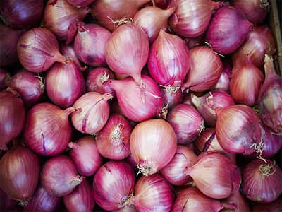 9 surprising ways you can use onions