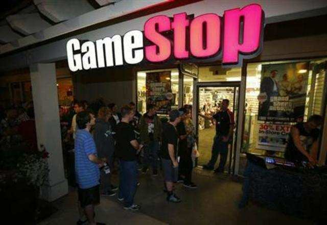 GameStop Corp, the world's largest retailer of video games, forecast lower-than-expected revenue and profit for the current quarter, blaming a lack of blockbuster game launches.