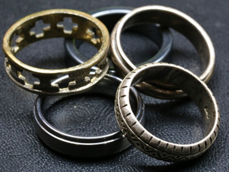 How to clean your silver jewellery