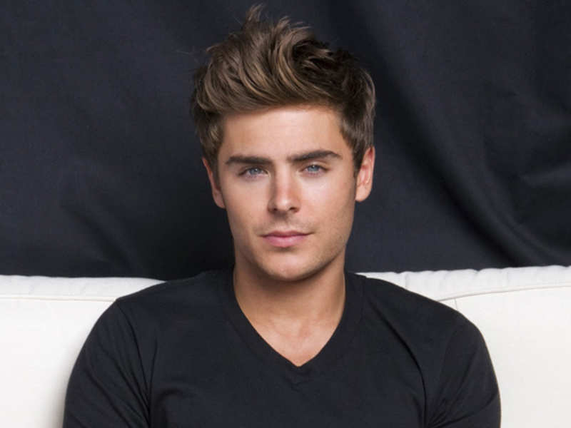 Zac Efron pays tribute to 'High School Musical' friends