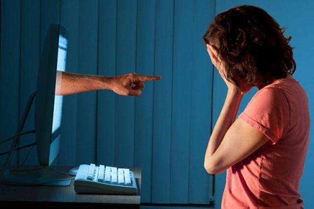 More and more kids with cyber woes ringing up Childline