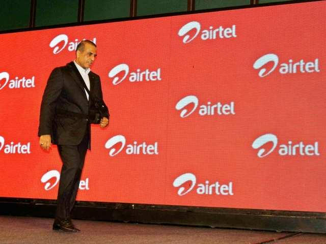 Airtel launches 'Happy Hours' for prepaid users: Offers 50% data back