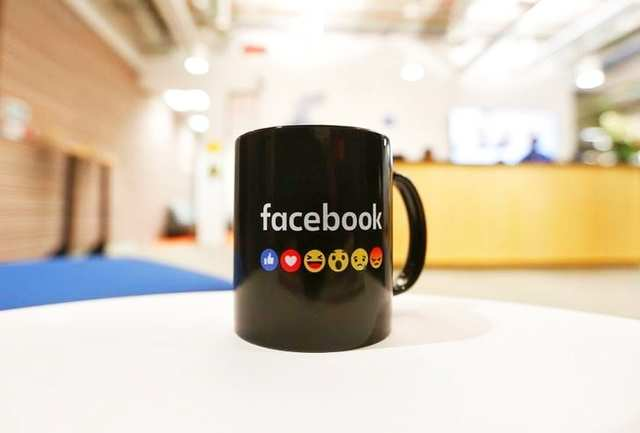 Facebook starts testing offline video feature on Android
