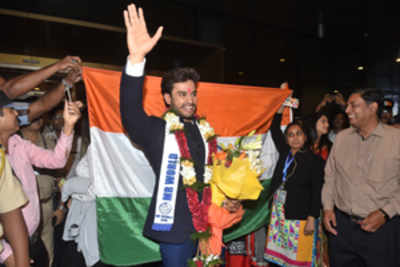 A grand homecoming for Mr World 2016 Rohit Khandelwal