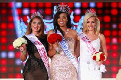 Elizabeth Grant crowned Miss World England 2016