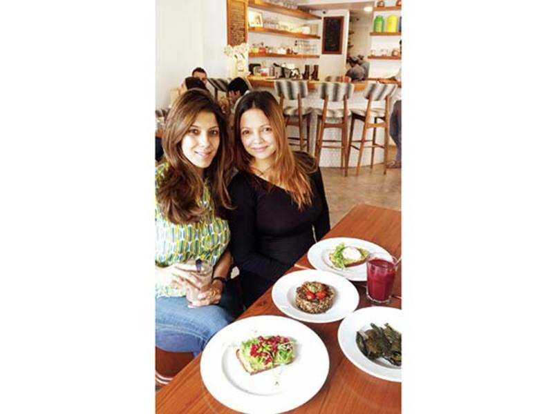 Gorgeous, healthy gourmets Renu Chainani and Deanne Panday at the brand new Sequel