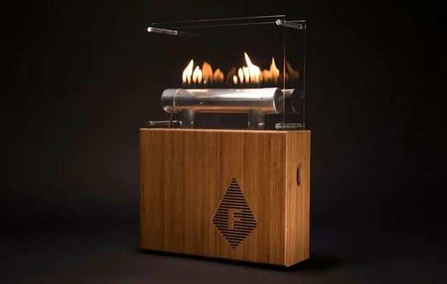 Fire-dancing Bluetooth speaker pulses to your music