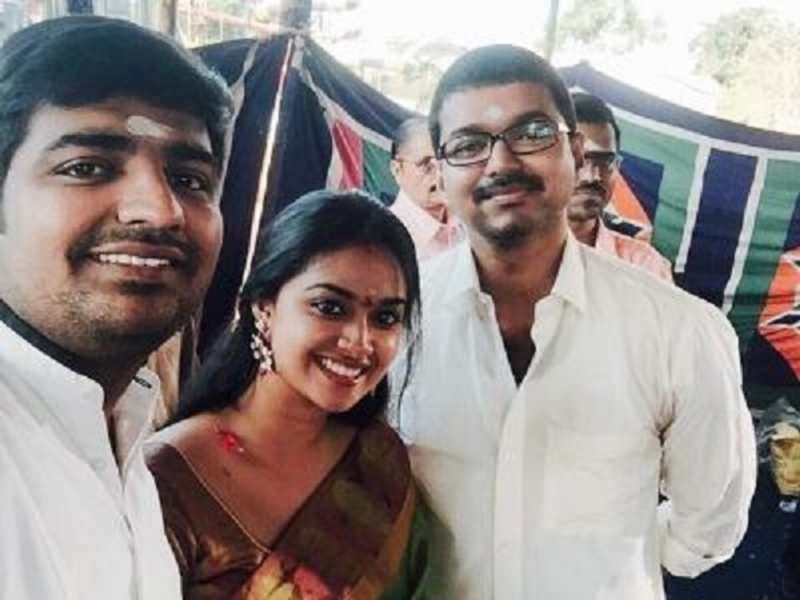'Vijay 60's first look to be unveiled this Diwali?